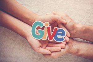【3分で読める英語学習】基本英単語give、takeの意味を理解する
