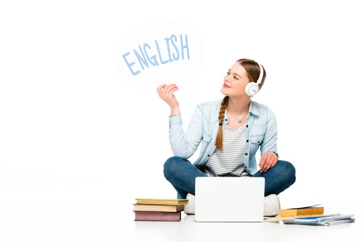 【3分で読める英語学習のコツ】毎日の多読多聴で英語力をアップ