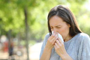 【3分で役立つ医療英語!】「花粉症」を英語で何と言う?