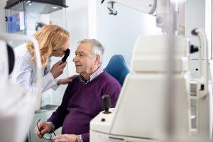 【英語ブログで学ぶ使える英語表現!】A Visit to the Eye Doctor 「眼科への訪問」