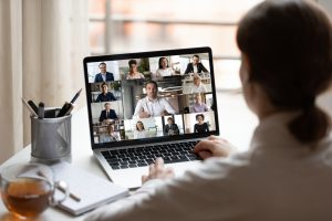 現役ビジネスマンのビジネス英語記事。オンライン英語会議で進捗報告
