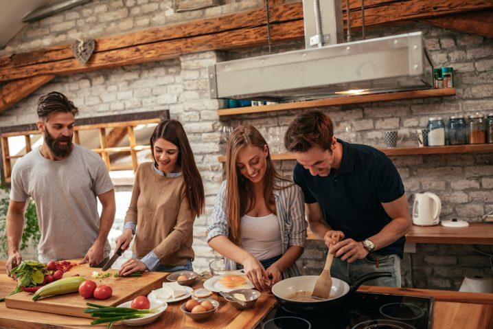 【3分で暮らしの英会話!】会話が広がるキッチン用品&クッキングに関する英単語とフレーズ