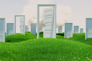 "【FEネイティブ講師Tara先生の英語記事を読もう!】More to ""When One Door Closes, Another Opens"""