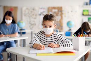 コロナ禍での通学と在宅学習